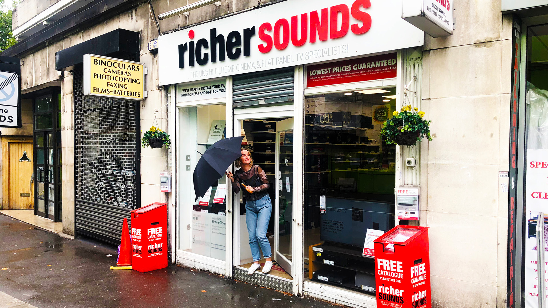 Quinine_Design_Richer_Sounds1